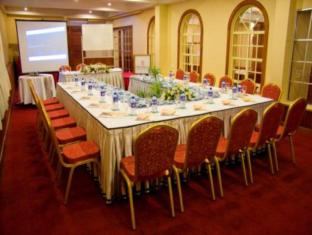 Hotel Clarion Wattala - Sala de reuniones