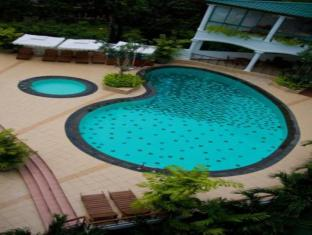 Hotel Clarion Wattala - Swimming Pool