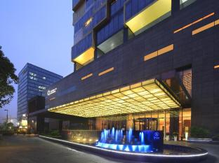 The QUBE Pudong Shanghai - Exterior