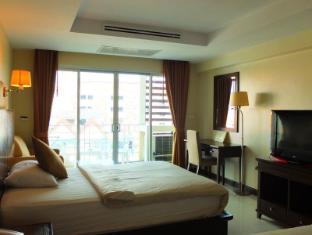 August Suites Pattaya Pattaya - Guest Room