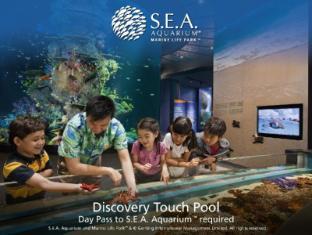 Resorts World Sentosa - Festive Hotel Singapore - SEA Aquarium