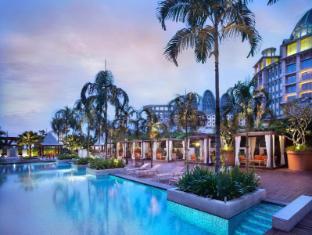 Resorts World Sentosa - Festive Hotel Singapore - Swimming Pool - Evening View
