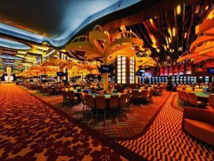 Resorts World Sentosa - Festive Hotel Singapore - Casino Gaming