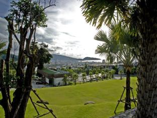 Wyndham Sea Pearl Resort Phuket Phuket - View