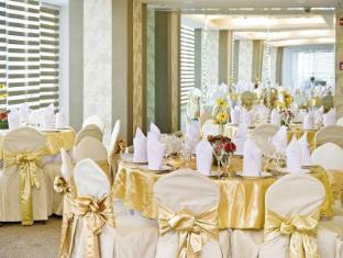 St Giles Makati - Classic Hotel Manila - Ballroom