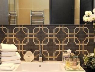 Continental Hotel Zara Budapest - Bathroom