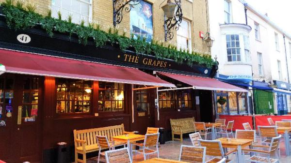 The Grapes Southampton
