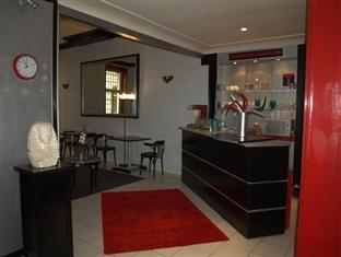 /lt-lt/hotel-montgrand/hotel/marseille-fr.html?asq=vrkGgIUsL%2bbahMd1T3QaFc8vtOD6pz9C2Mlrix6aGww%3d