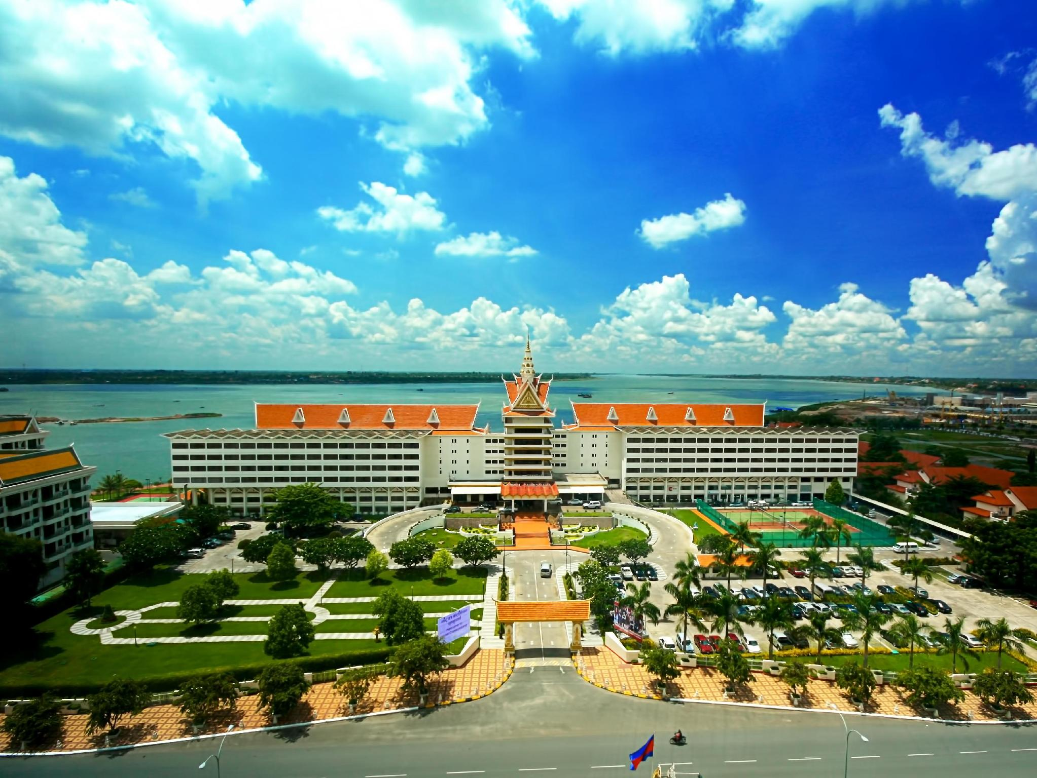 Phnom penh hotel cambodiana in cambodia asia for List of independent hotels
