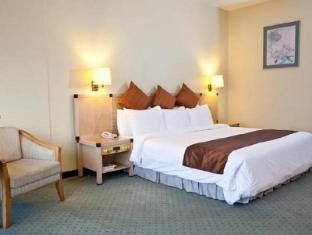 Hotel Cambodiana Phnom Penh - Deluxe Room