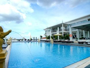 Hotel Cambodiana Phnom Penh - Deluxe River View
