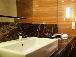 Grand Park Orchard Singapore - Bathroom