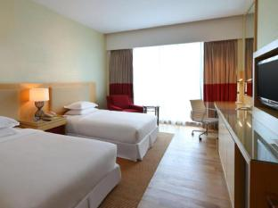 Century Kuching Hotel Kuching - Phòng khách