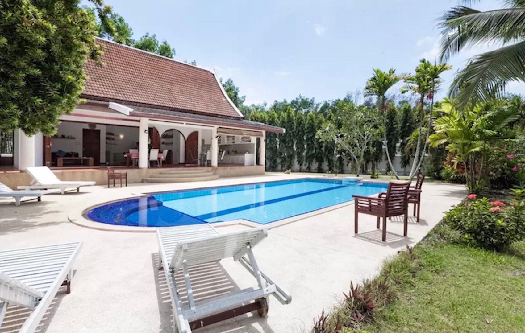 Paklok Traditional Thai villa ป่าคลอก เทรดิชันนัล ไทย วิลลา