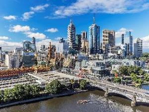 西奎伊套房酒店 (Quay West Suites Melbourne)