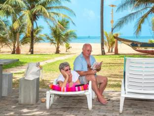 Paradise Beach Hotel Negombo - Beach View from Hotel