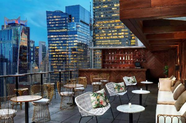 Doubletree By Hilton New York Times Square West New York