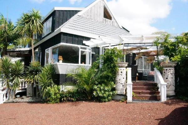Silver Waters Lodge Auckland