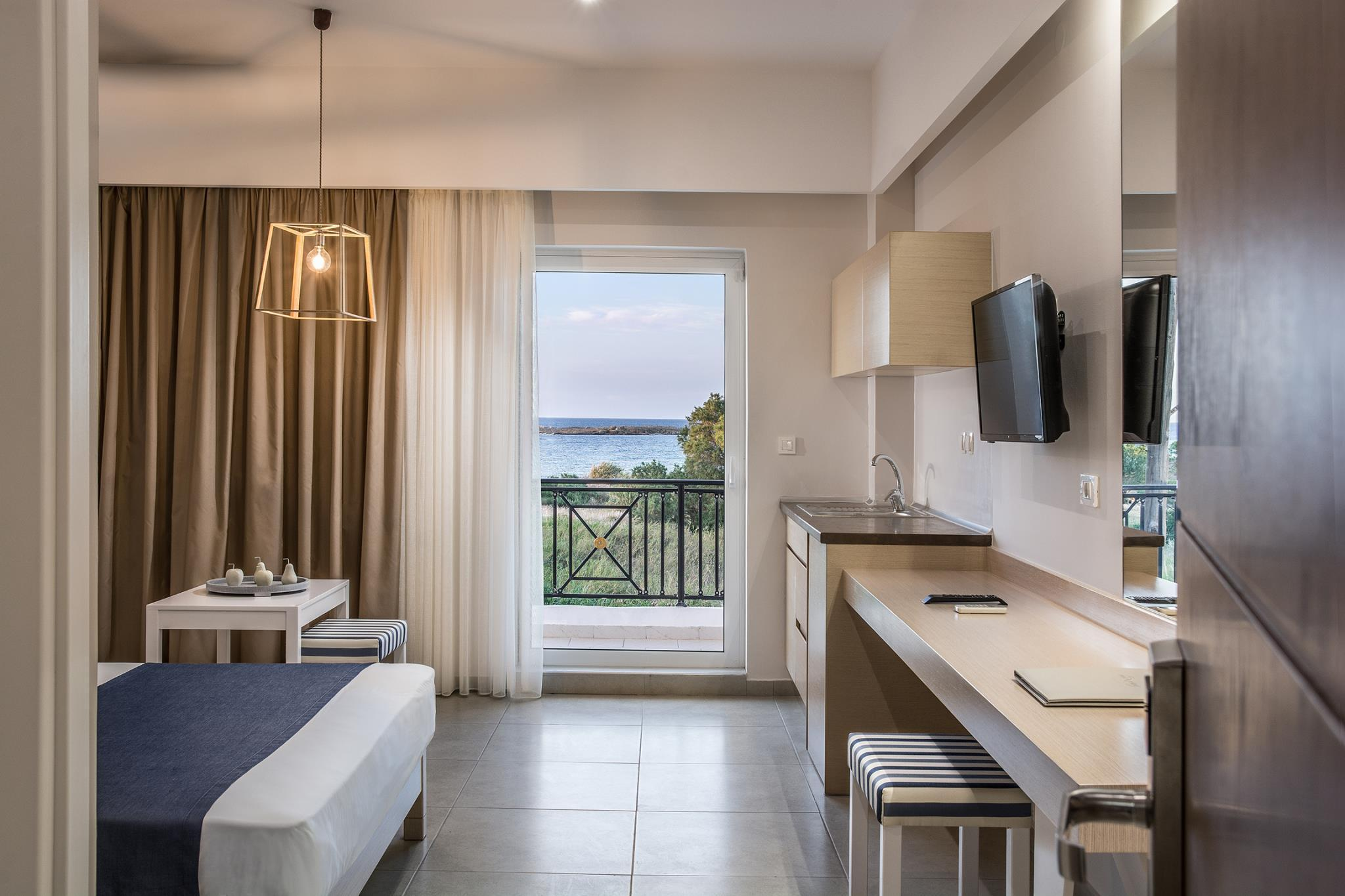 Sea View Hotel And Apartments
