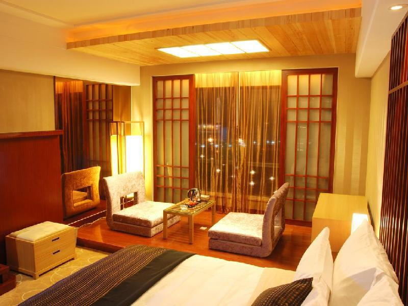 Deluxe Room With Japanese Style