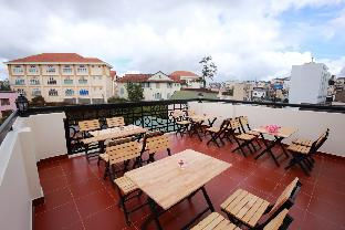 %name Pretty Backpackers House Dalat