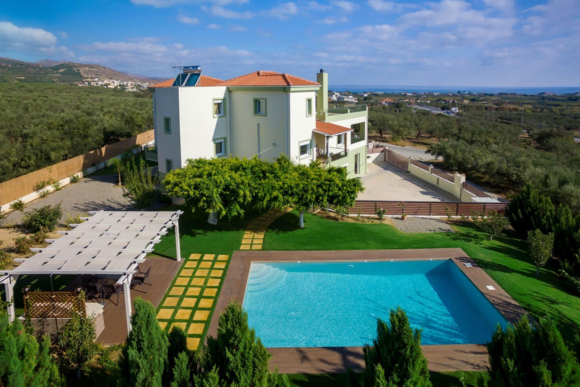 Villa Dimokratia   Enjoy Your Life