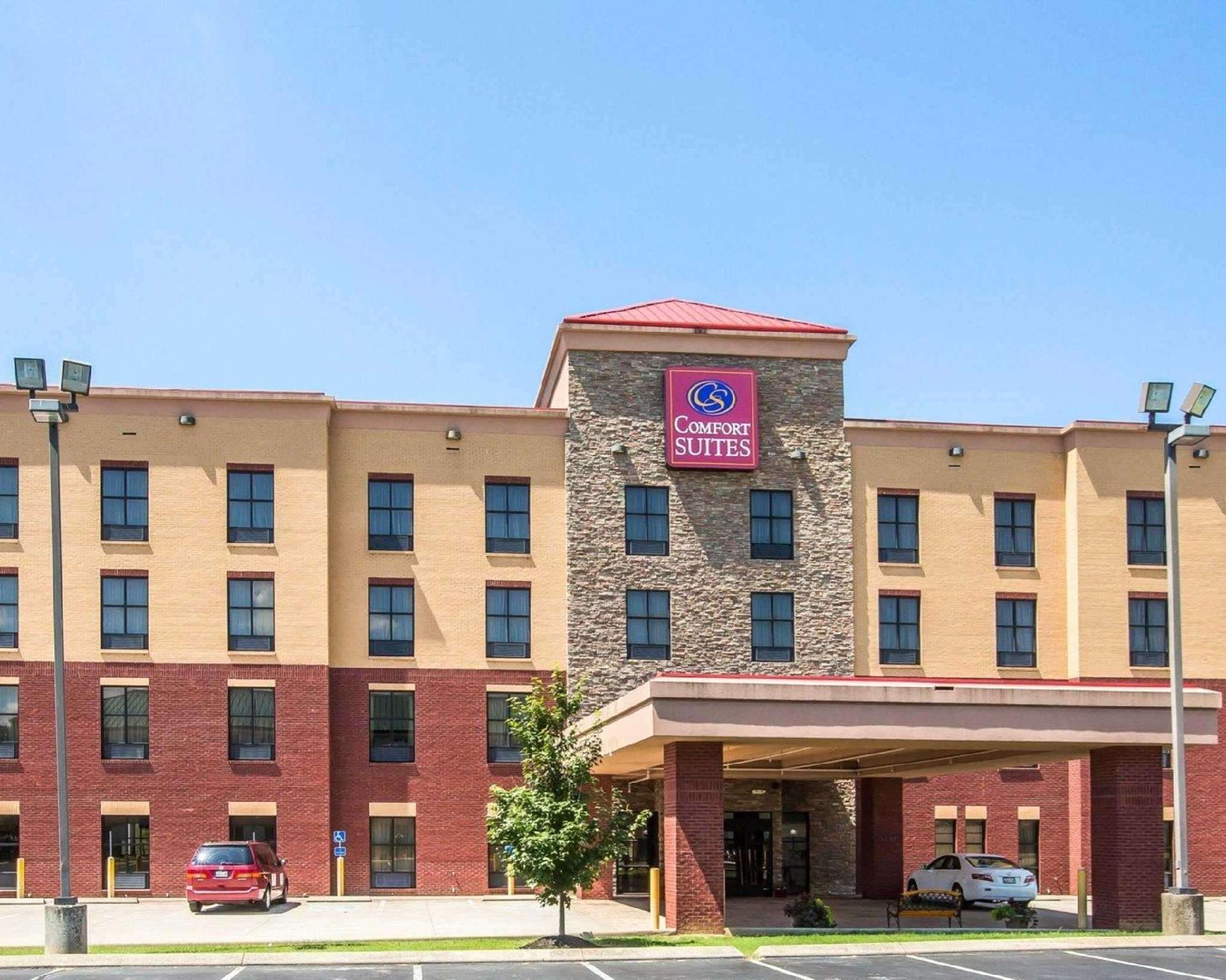 Comfort Suites Nashville Hotel
