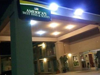 America's Best Inn And Suites Commerce
