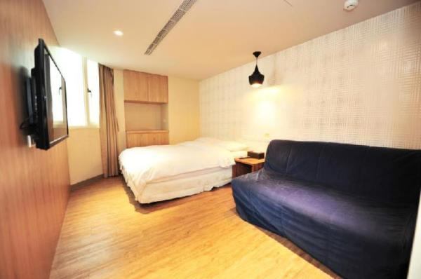 Uncle Jack - FuXing Sogo 605 - 1 bedroom apartment Taipei