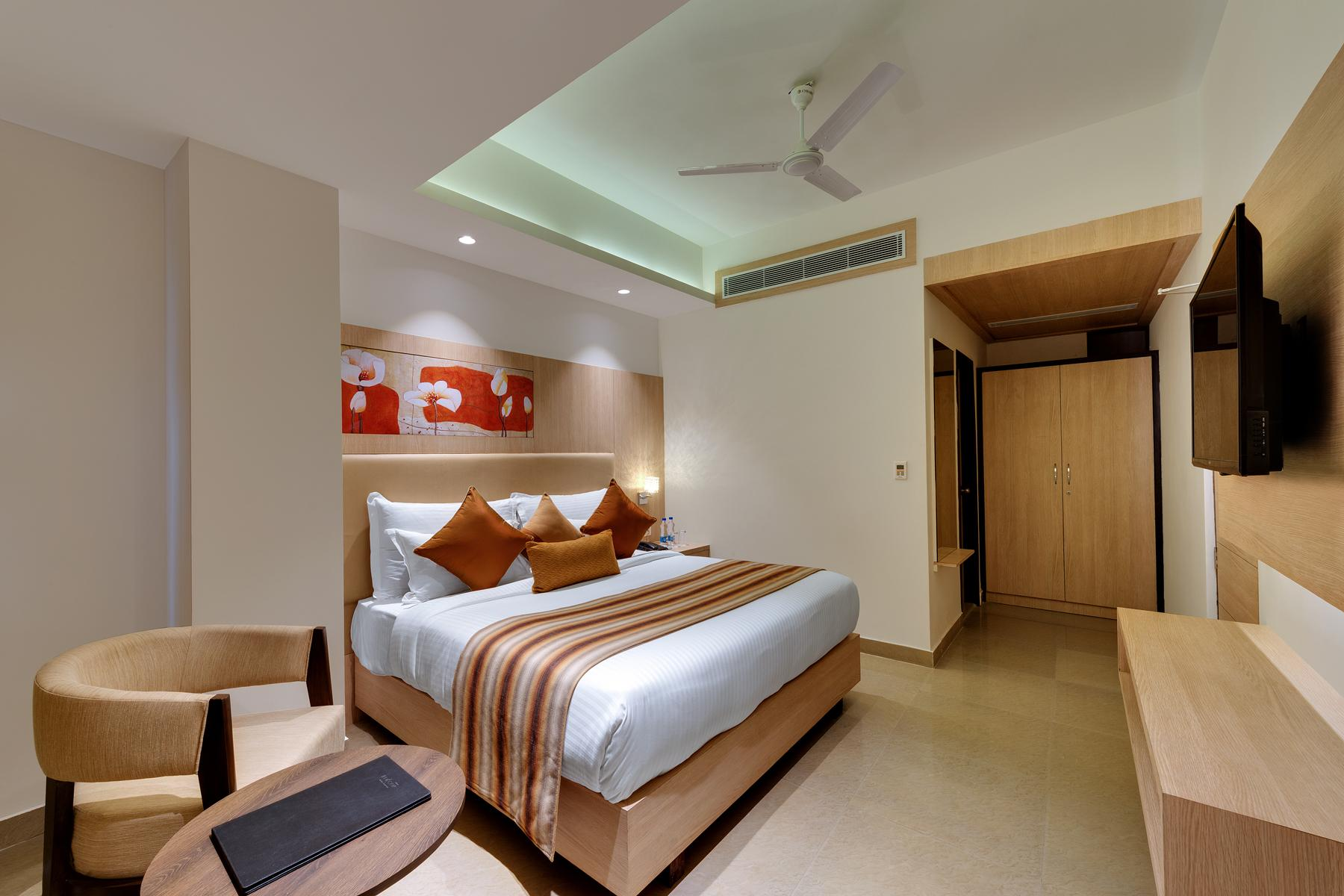 Hotel Reviews: Surya Beacon Hotel Amritsar – Picture, Prices & Deals