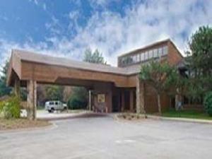 Carlton Lodge  Adrian Hotel