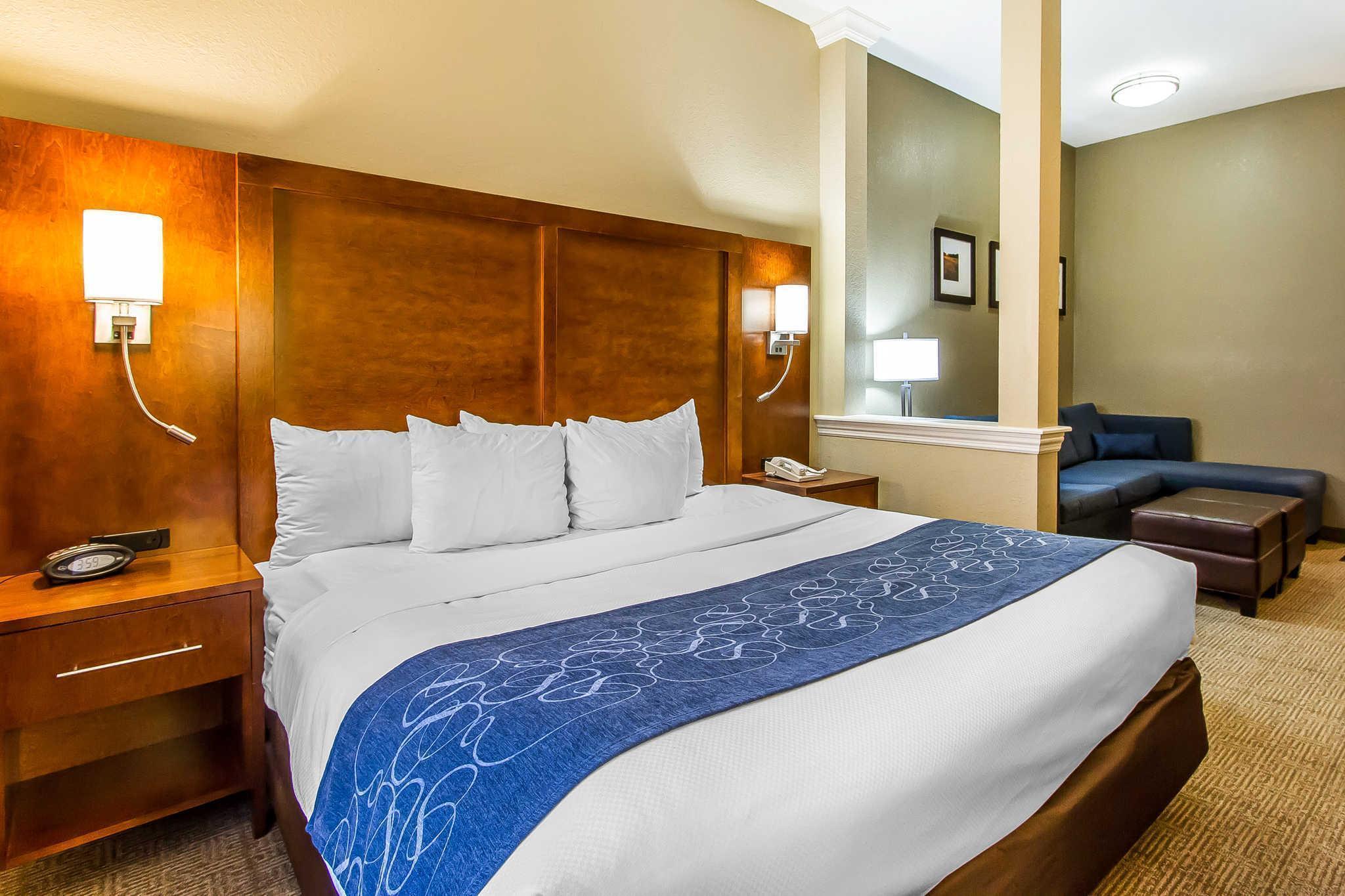 Comfort Suites Mattoon
