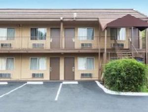 Days Inn - San Bernardino Riverside