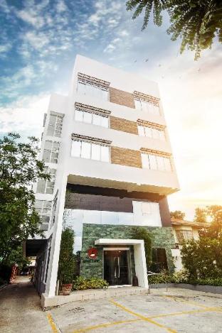 picture 1 of Hotel Lapira
