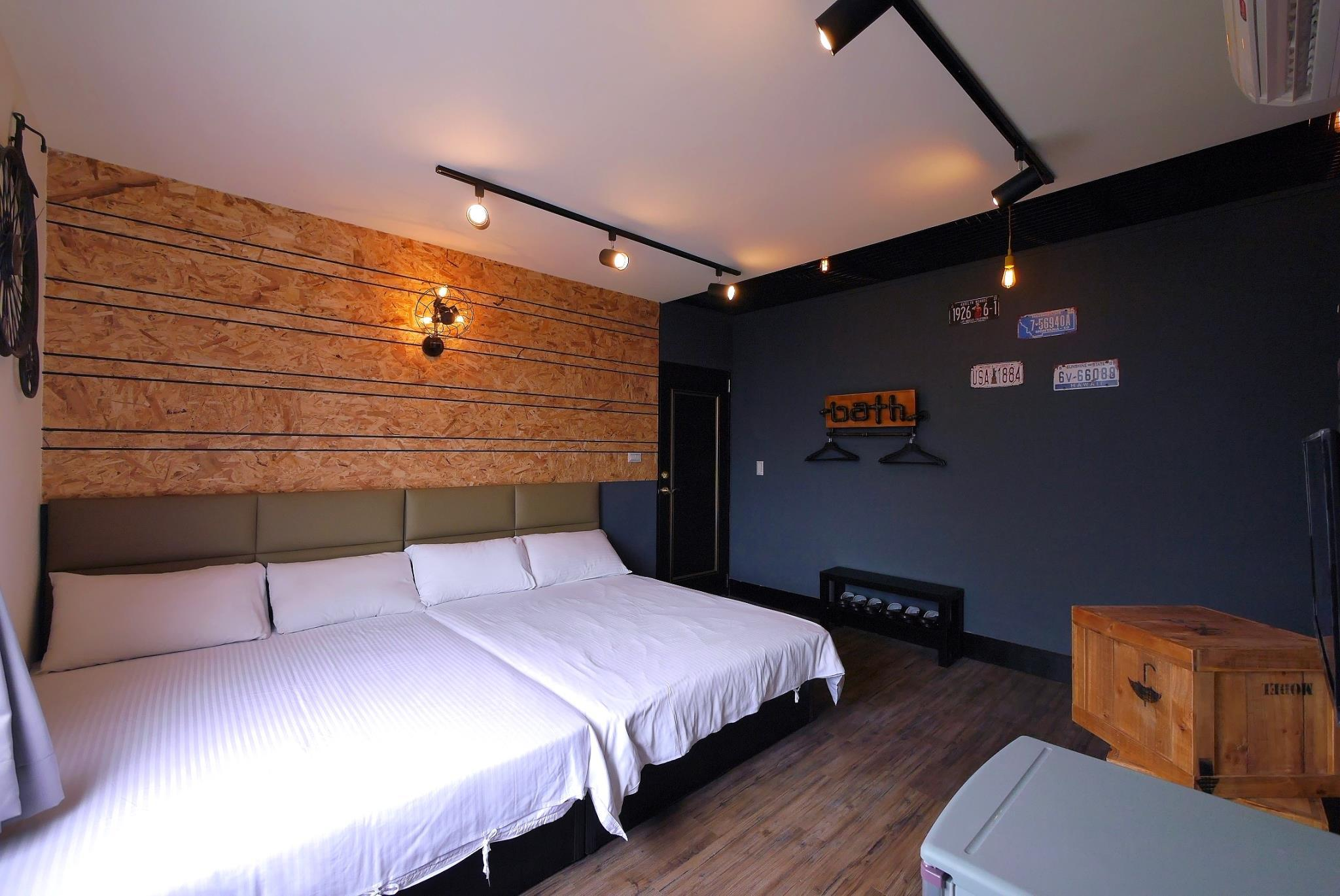 JJ House 10 Pax Room 301