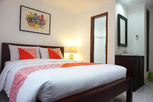OYO 90082 Gana Inn Legian Bali