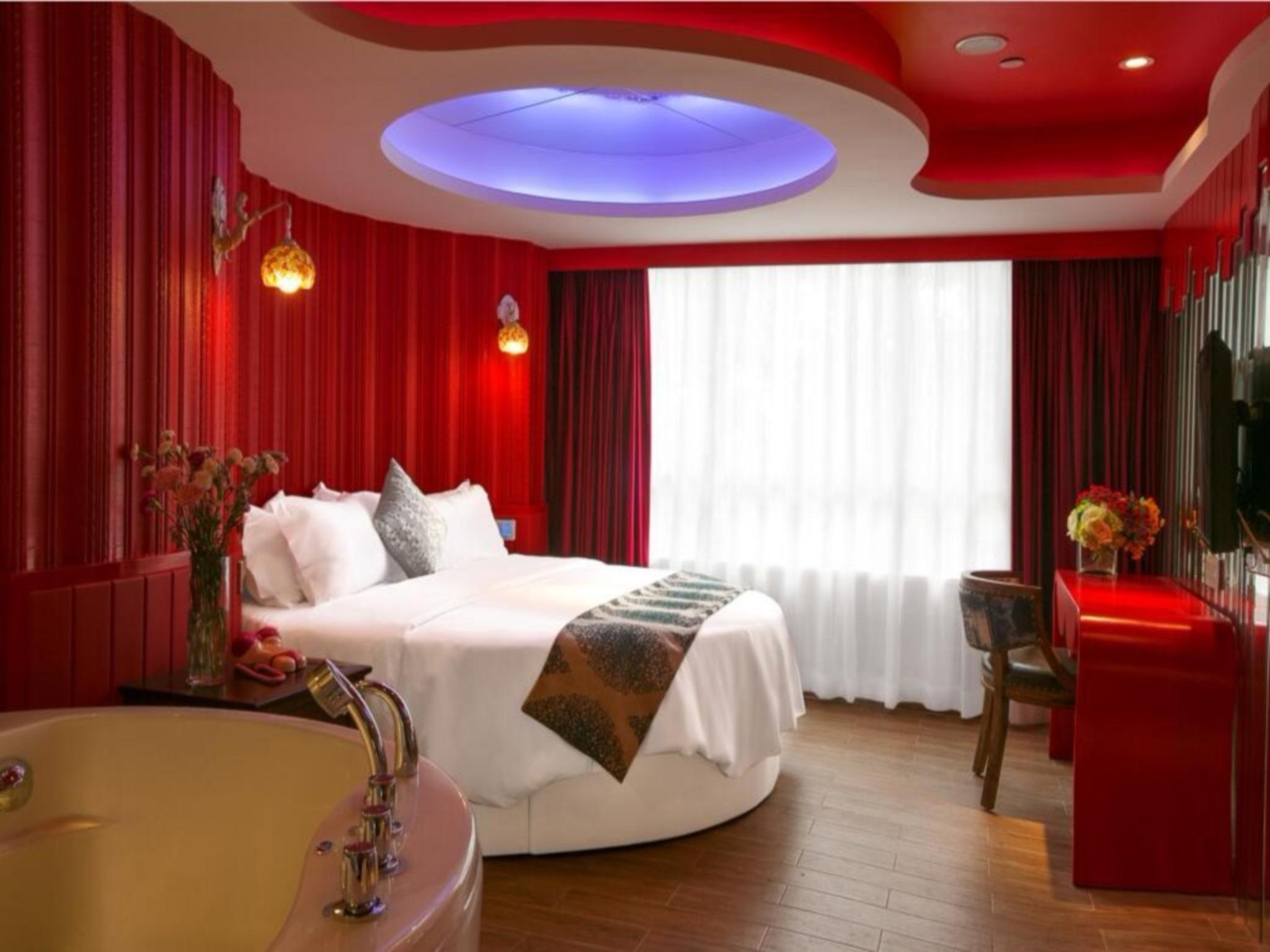 Dream Of Fantasy Hotel
