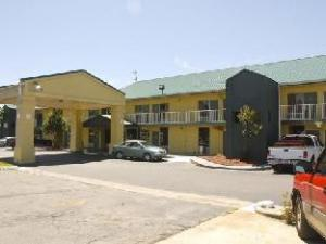 Econo Lodge - Decatur