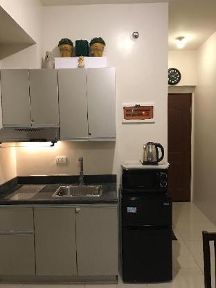 picture 2 of Beacon Arnaiz Tower Condo Makati Daily/weekly Rent