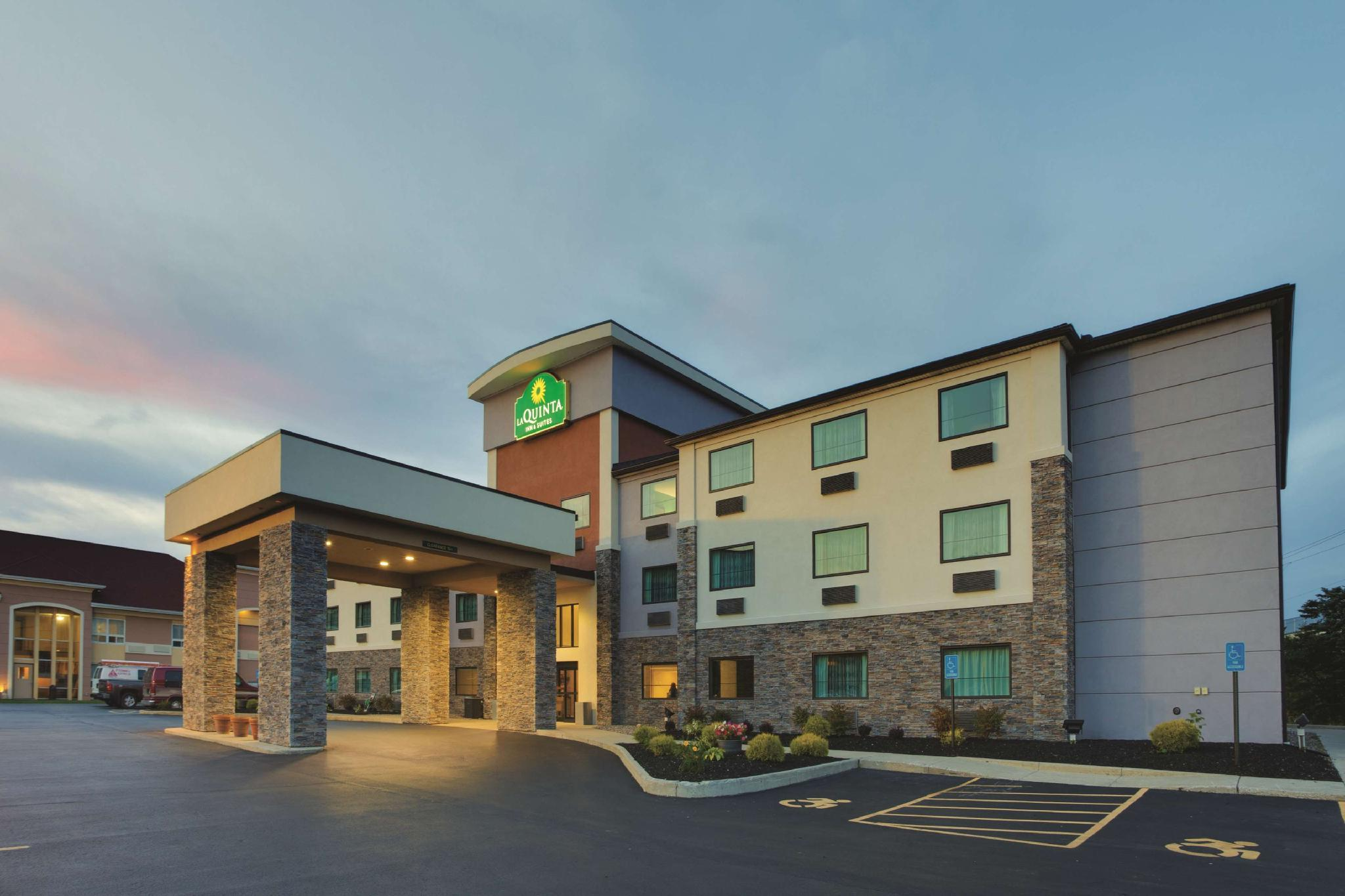 La Quinta Inn And Suites By Wyndham Batavia