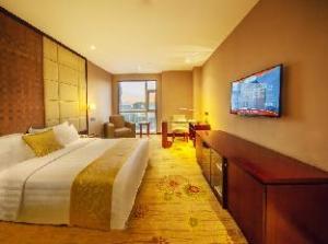 Über Ramada Plaza Yantai (Ramada Plaza Hotel Yantai)