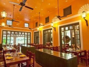 Regency Hotel Macau Macau - Portuguese Restaurant