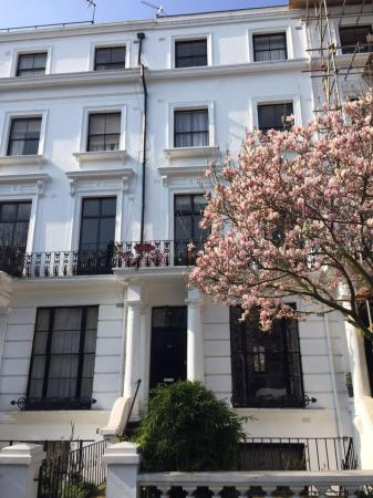 FG Property - Bayswater Hereford Road London