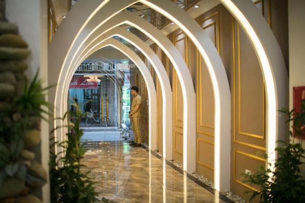 Viola Royal Hotel Hanoi