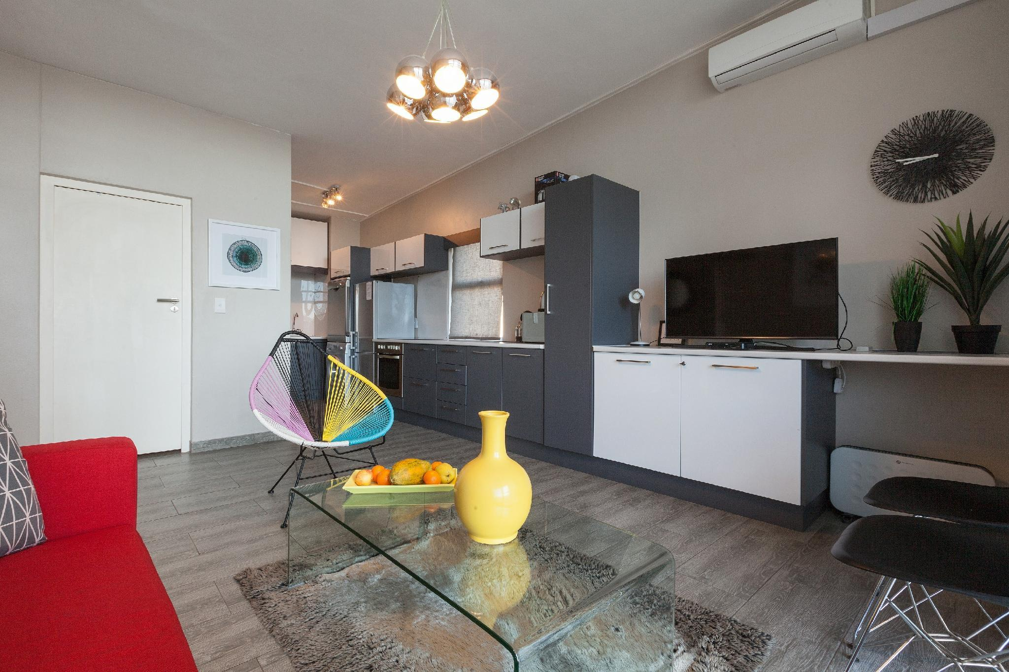 Diplomat Apartment 123 By CTHA