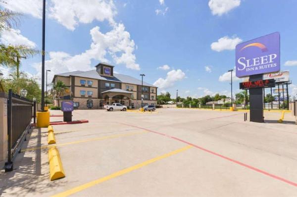 Sleep Inn and Suites Near Downtown North Houston