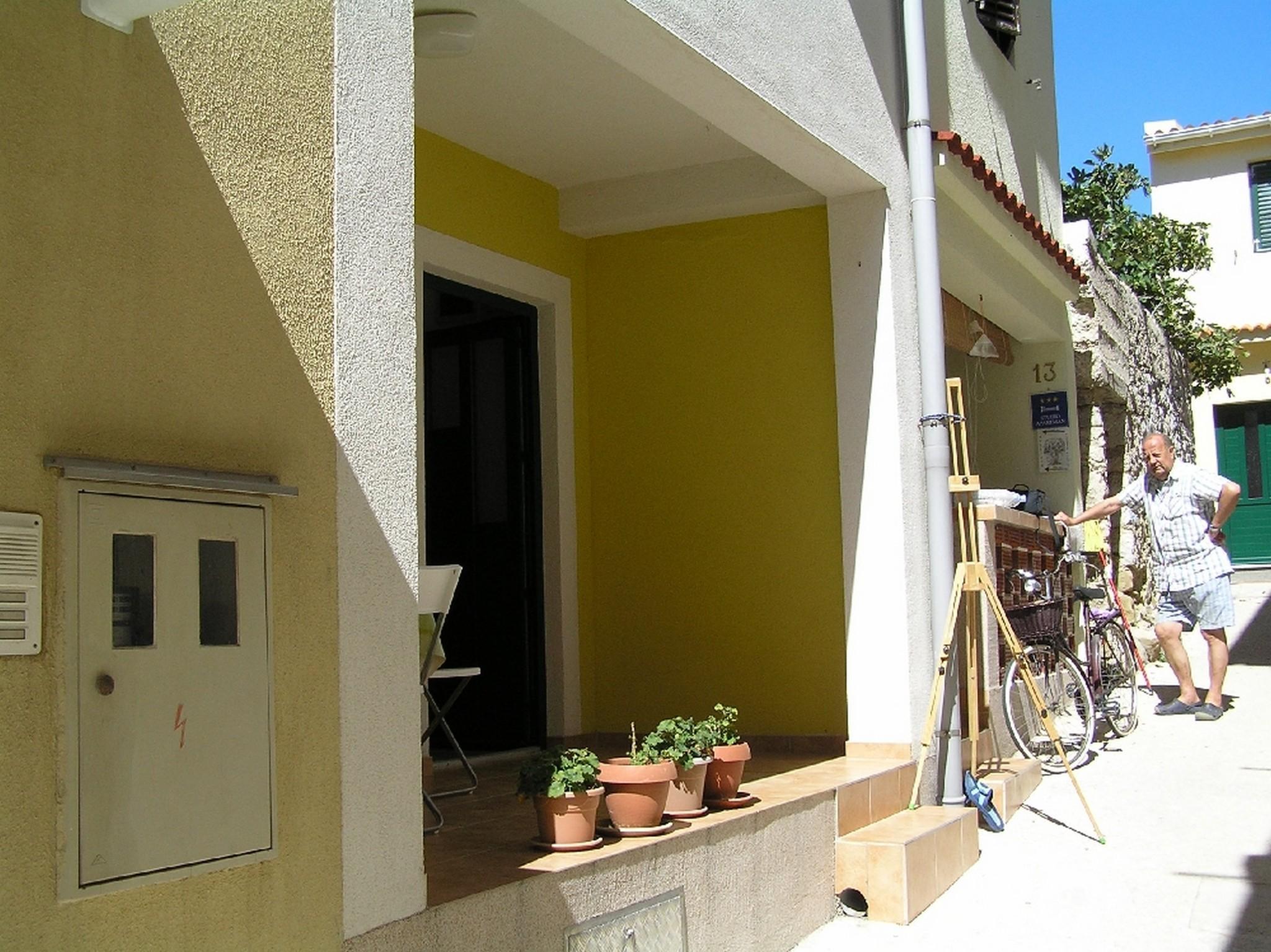 Cozy Studio Apartment In Pag