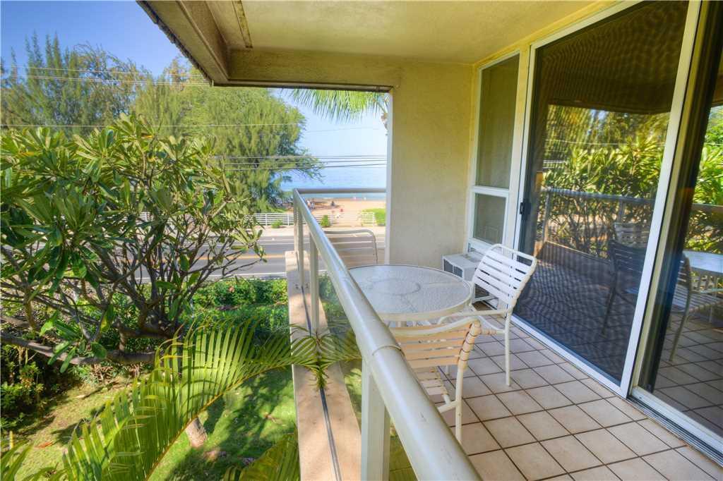 Maui Banyan F 201   Front Row Lanai Ocean View