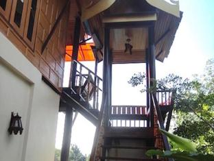 Ancient Realm Resort and Spa Koh Lanta - Deluxe Villa - Private Stairs to 2nd Floor Apartment