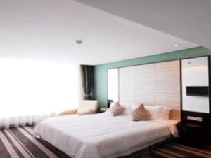 Wuxi Yihe Harbor Hotel